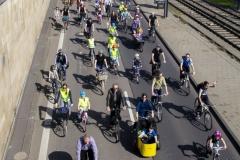 Kidical Mass Köln -Kinder auf das Rad - Severinsbrücke Gruppe