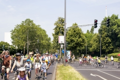 Kidical_Mass_Köln_Uturn
