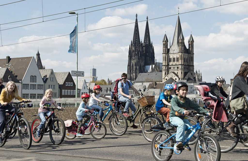 Kidical Mass Köln – Dom & Kinder