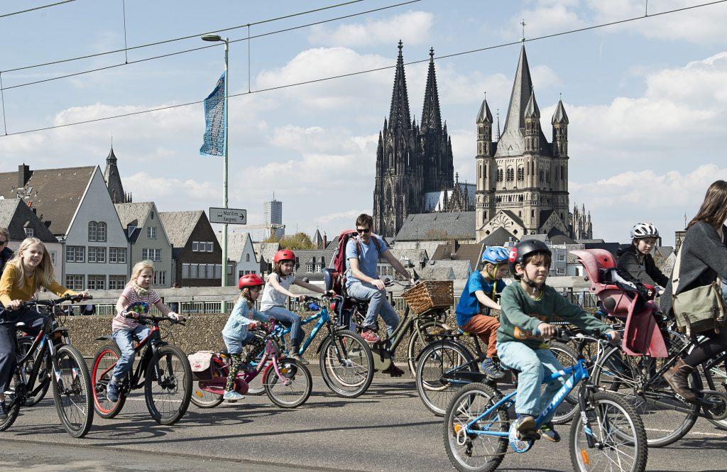 Kidical Mass Köln – Dom & Kinder